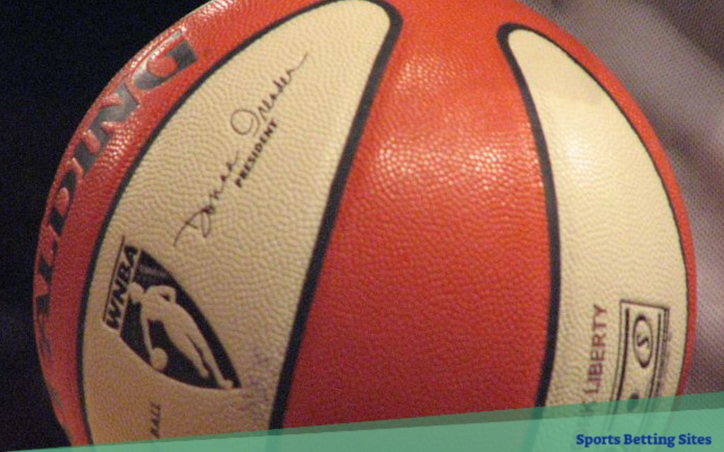 WNBA futures picks